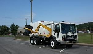 heil-rapid-rail-automated-side-load-garbage-truck