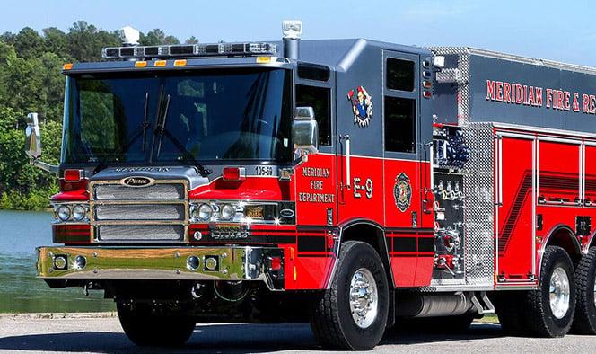 Macqueen Equipment Pierce Fire Truck Tanker