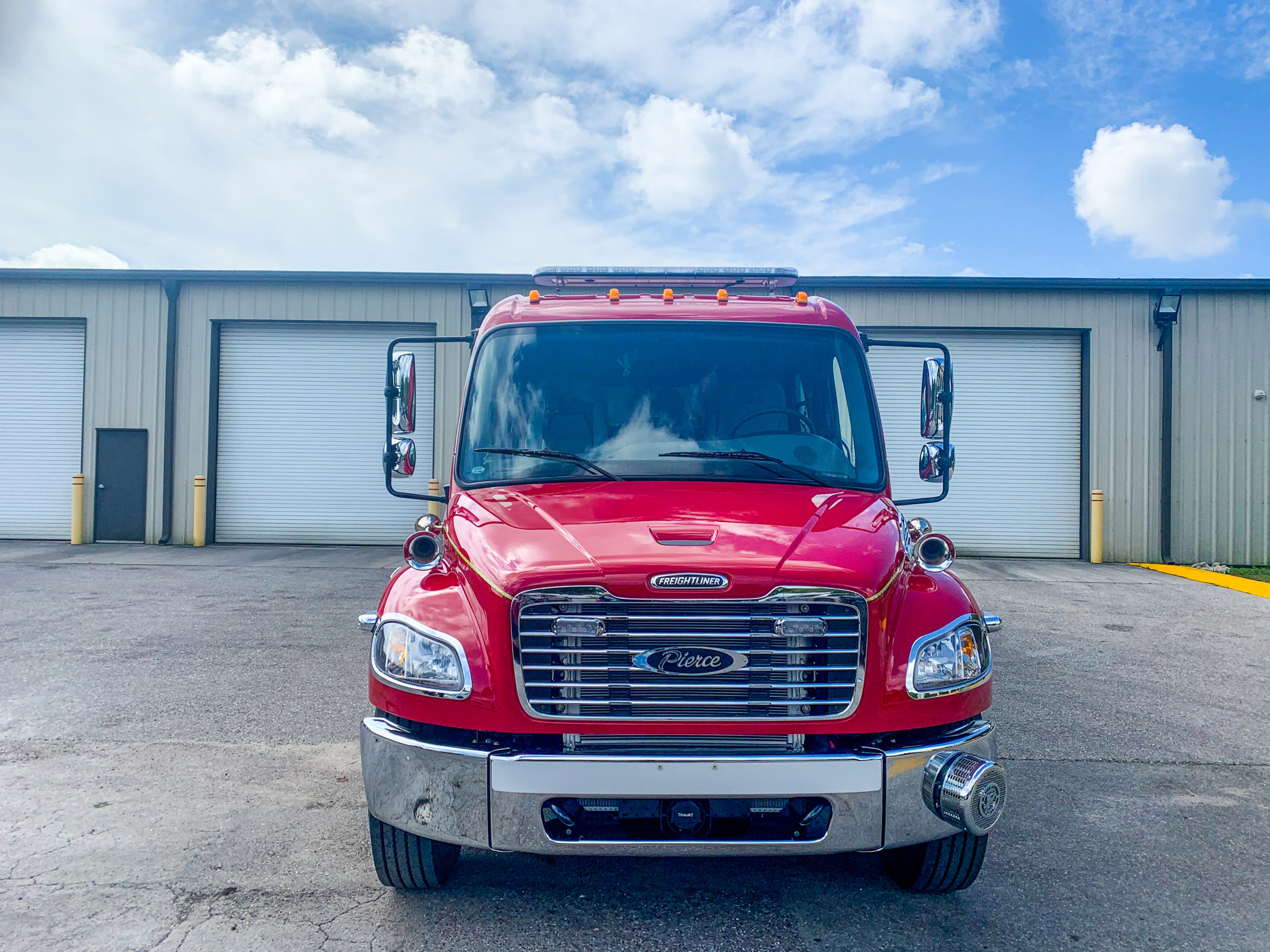 EM_galveston-volunteer-fire-department-pumper-35420
